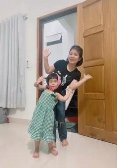 Tạo niềm vui cho trẻ khi ở nhà