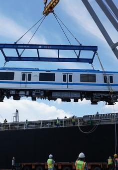 Thêm 2 đoàn tàu của tuyến metro số 1 về đến TP Hồ Chí Minh