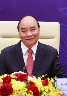 Chủ tịch nước Nguyễn Xuân Phúc dự Hội nghị cấp cao APEC