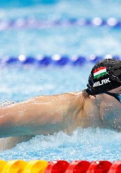 Kình ngư người Hungary phá kỷ lục Olympic tồn tại 13 năm của Michael Phelps