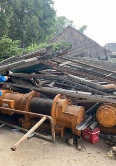 Thuê xe cẩu đi trộm vật tư công trình điện