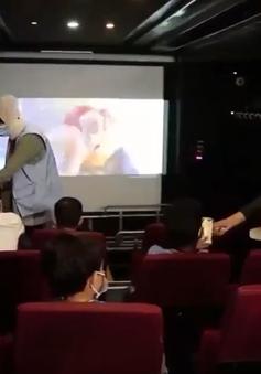 Rạp chiếu phim trên xe buýt tại Palestine