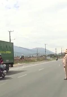 Khánh Hòa triển khai nhiều giải pháp bảo đảm an toàn giao thông mùa dịch