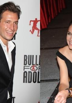 Vợ cũ của Tom Cruise hẹn hò với nghệ sĩ nhạc Jazz?