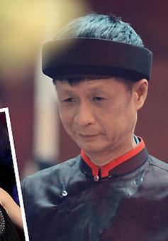 Biên đạo Trần Ly Ly hướng dẫn ĐD Lê Hoàng cách quay cảnh nóng