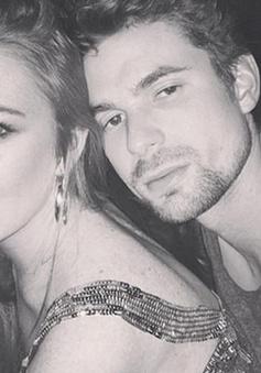 Lindsay Lohan lo sợ bị phát tán ảnh nude