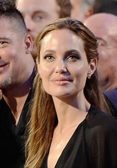 Angelina Jolie: Quyết định phẫu thuật là một lựa chọn đúng