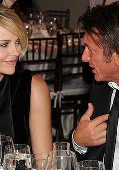 """Charlize Theron """"rất hạnh phúc"""" với Sean Penn"""