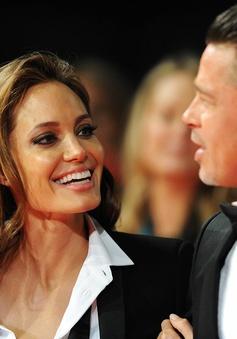 """Angelina Jolie phủ nhận chuyện làm """"tổn thương"""" người khác"""