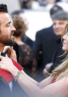 Justin Theroux muốn sống trọn đời với vợ cũ của Brad Pitt