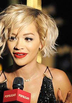 Rita Ora sẽ không ngừng tin vào tình yêu