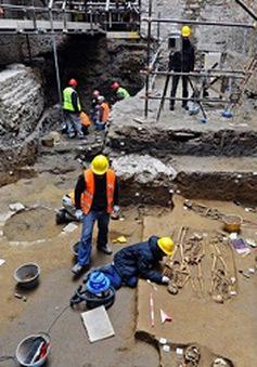 Phát hiện 60 mộ cổ thời Phục hưng tại Italy
