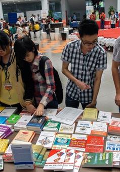 Ngày sách Việt Nam khuyến khích toàn dân đọc sách