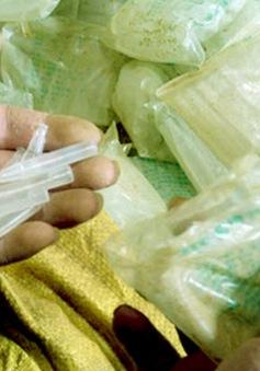 Hà Nội: Thu giữ 230.000 ống thuốc kích thích rau quả