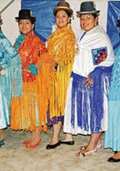 """Bolivia: Đưa trang phục truyền thống """"Cholita"""" lên sàn diễn"""