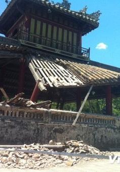 Huế khắc phục sự cố sạt đổ mái di tích Phu Văn Lâu