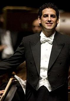 Ca sĩ opera nổi tiếng thế giới mang âm nhạc đến trẻ em nghèo