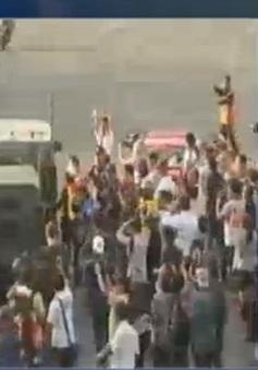 Thái Lan: Hàng trăm người biểu tình phản đối đảo chính, kêu gọi bầu cử
