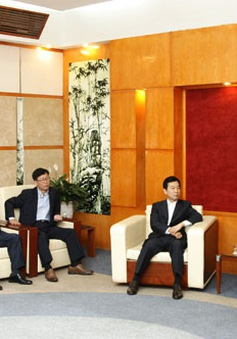 Phó TGĐ Lâm Kiết Tường tiếp xã giao Chủ tịch Tập đoàn Huyndai Home Shopping
