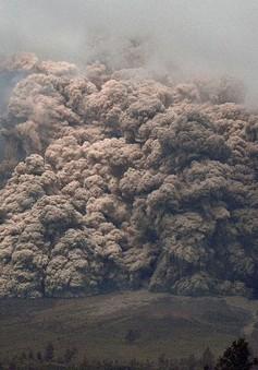 Indonesia: 25.000 người sơ tán do núi lửa phun trào