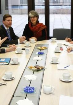 EU và Ukraine ký thỏa thuận liên kết chính trị