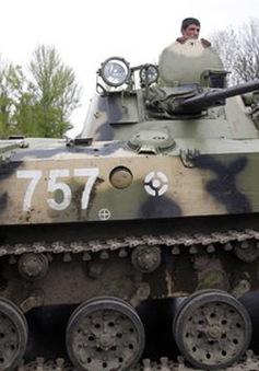 Quân đội Ukraine trực chiến toàn diện