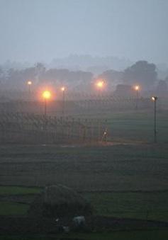Ấn Độ cáo buộc Pakistan phá vỡ lệnh ngừng bắn