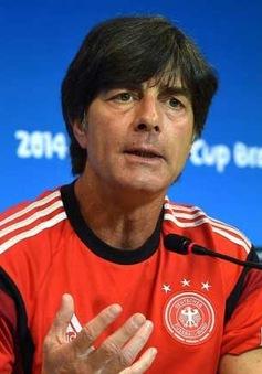 HLV Joachim Loew căng thẳng trước trận gặp Brazil