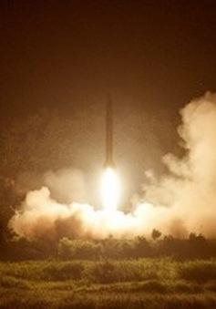 Kim Jong-un đã trực tiếp chỉ đạo vụ phóng tên lửa tầm ngắn