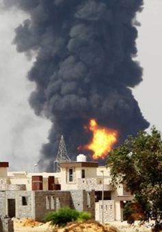 Thêm quốc gia sơ tán nhân viên ngoại giao khỏi Libya