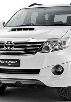 Toyota Fortuner 2013 có thêm hộp số tự động