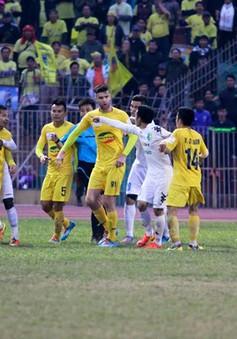 """V.League 2014: Thanh Hoá vất vả chuẩn bị cho """"trận cầu đinh"""""""