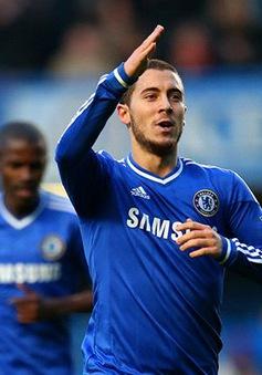 """Arsene Wenger """"tiếc hùi hụi"""" vì không mua Hazard 2 năm trước"""