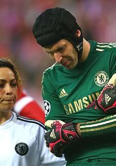 Petr Cech sẽ bình phục chấn thương trước mùa giải mới
