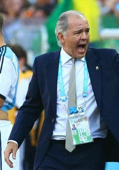 """Argentina kém thuyết phục, HLV Sabella vẫn """"nổ"""" như thường"""