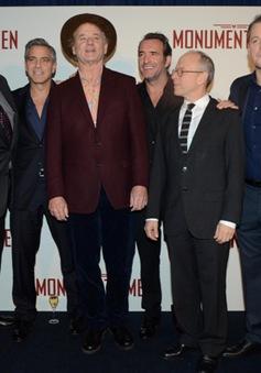 """George Clooney và Matt Damon đem """"Kho báu bị đánh cắp"""" đến Paris"""