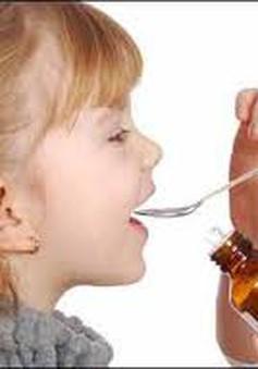 Những điều cần chú ý khi cho trẻ uống thuốc sirô