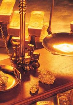 Vì sao giá vàng sụt giảm mạnh?