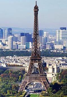Kinh tế Pháp chìm sâu trong khủng hoảng
