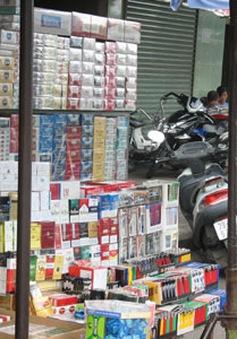 Thuốc lá lậu ngang nhiên bán công khai tại Hà Nội