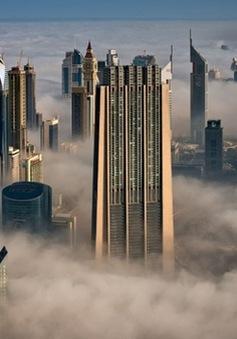 Ngỡ ngàng những tòa nhà xuyên mây ở Dubai