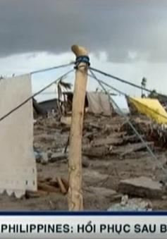 Làng chài Philippines hồi sinh chậm chạp sau siêu bão Haiyan