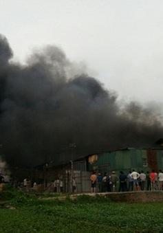 Cháy lớn tại khu công nghiệp Vĩnh Tuy