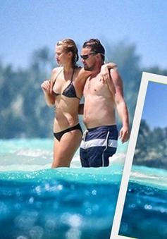 Leonardo DiCaprio đắm đuối hôn bồ trẻ ở đảo thiên đường