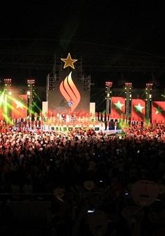 Sân Mỹ Đình cuồng nhiệt trong đêm tái ngộ Nick Vujicic