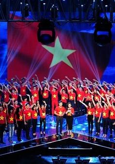 Liveshow 1 Nhân tố bí ẩn 2014 đỏ sắc cờ Tổ quốc