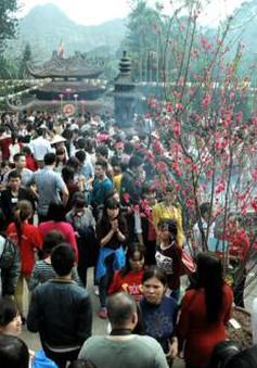 Hôm nay, khai hội chùa Hương