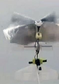 Robot bay tự xác định phương hướng đầu tiên trên thế giới