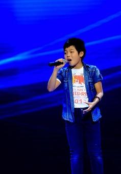 """Giọng hát Việt nhí - tập 5: Bốn HLV """"choáng"""" với giọng hát của thí sinh miền núi"""