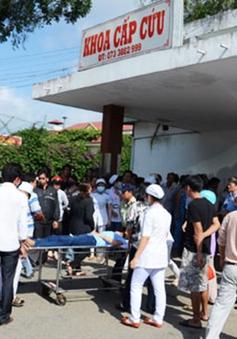 Tiền Giang: Hàng trăm công nhân nhập viện vì ngộ độc